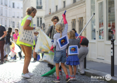 WORLD CLEAN UP DAY  : BRAVO ET MERCI
